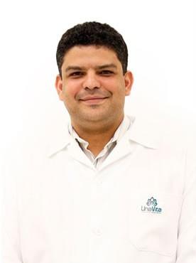 Dr. Gustavo de Assis Mota